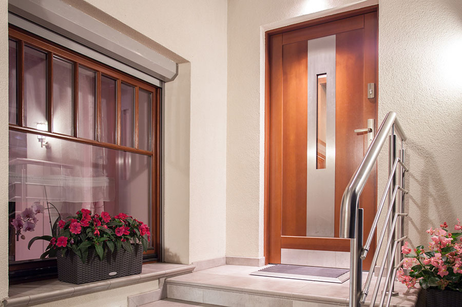 Cool porte duingresso with porte d ingresso for Stili di porta d ingresso per case di ranch